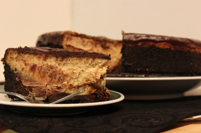 reeces peanut butter cheesecake